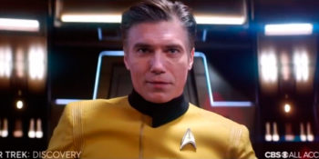 Capitão Pike no comando da USS Discovery
