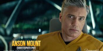 Aston Mount como capitão Pike